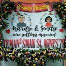 papan bunga pernikahan surabaya
