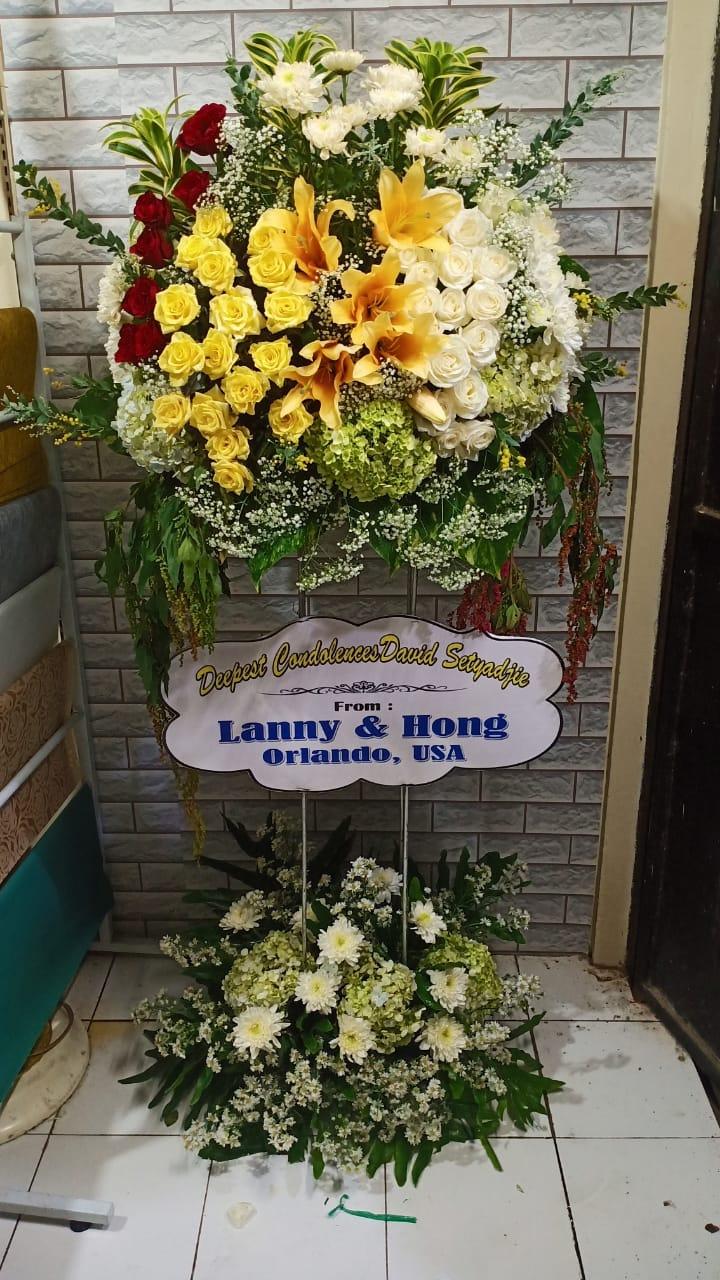 bunga standing duka cita surabaya